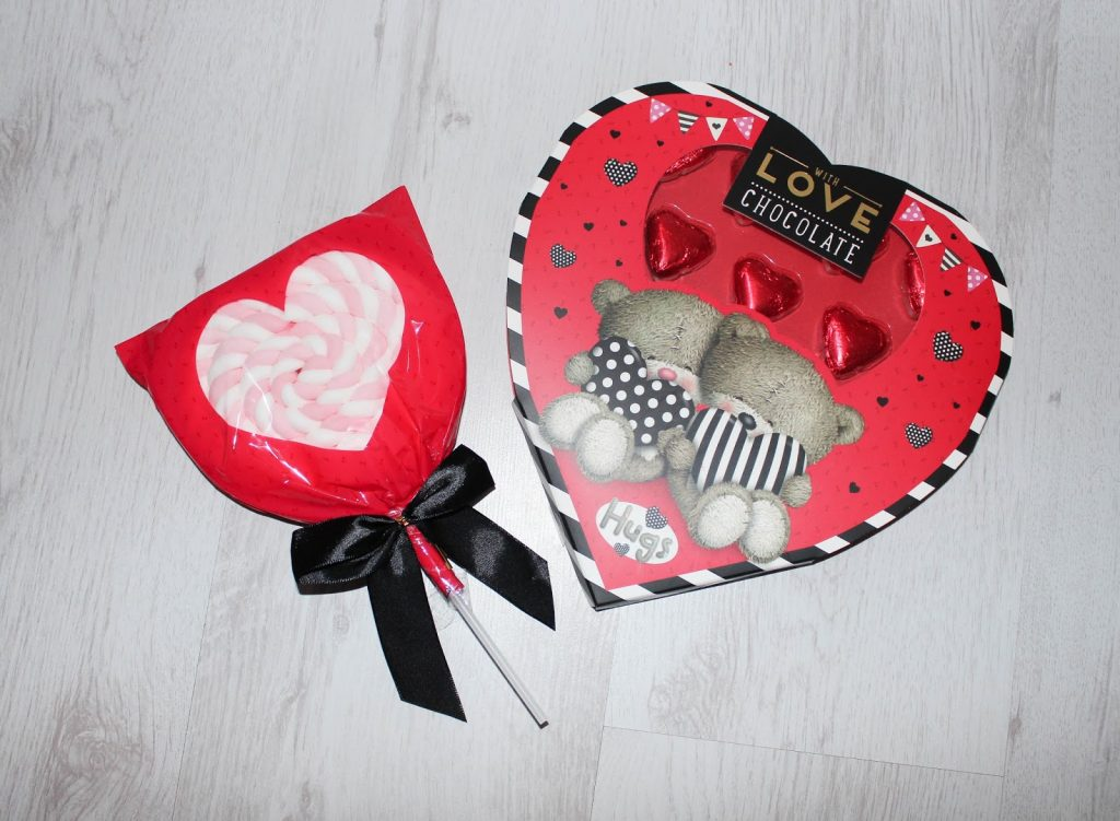 Valentines Day Gift Basket - Child - Roseyhome - gift basket, valentines, child, present, celebration