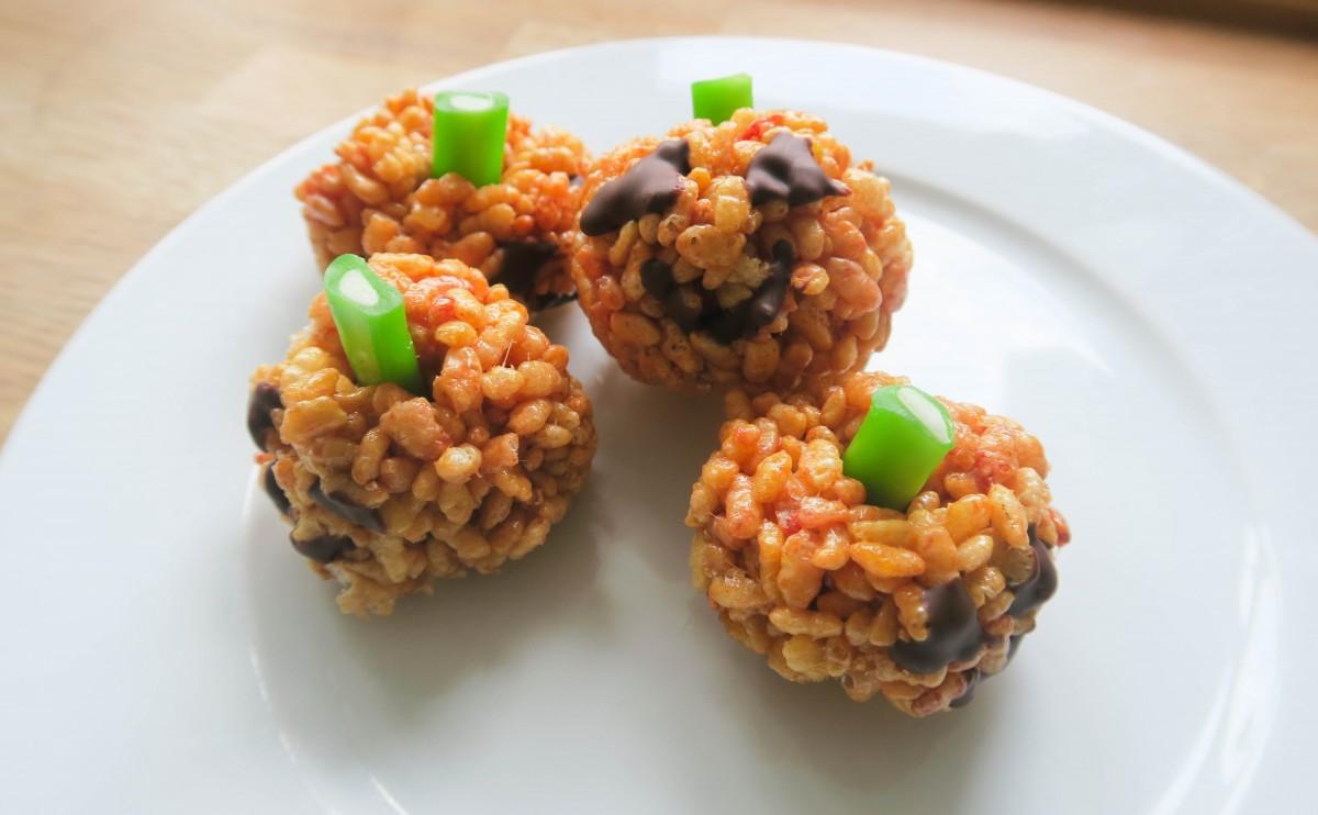 pumpkin-krispie-cakes-roseyhome1-1-of-1