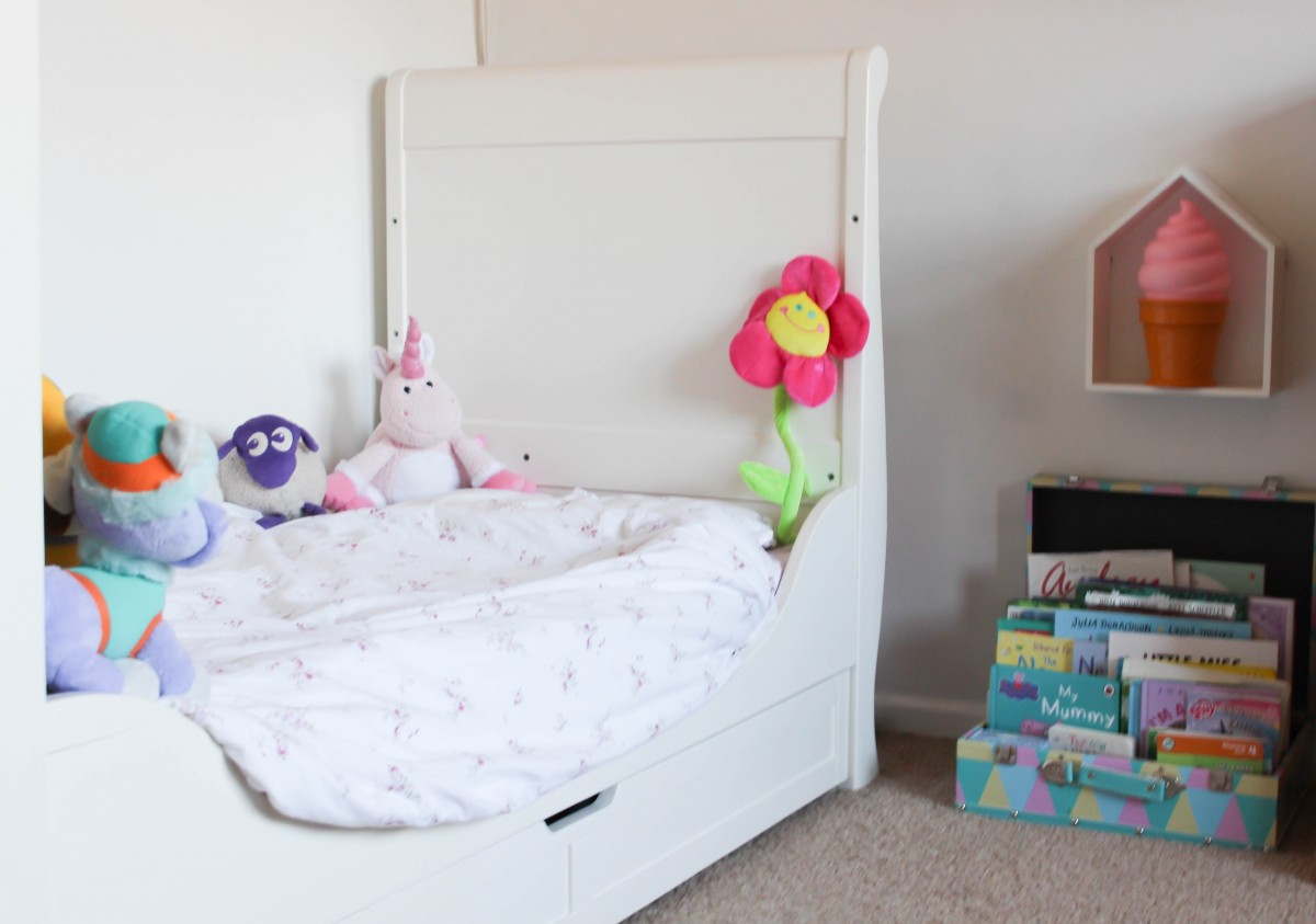 bedrooms bedroom re pink big room to switch decor kid from making images pampers on a you child toddler best pinterest for the nursery if s