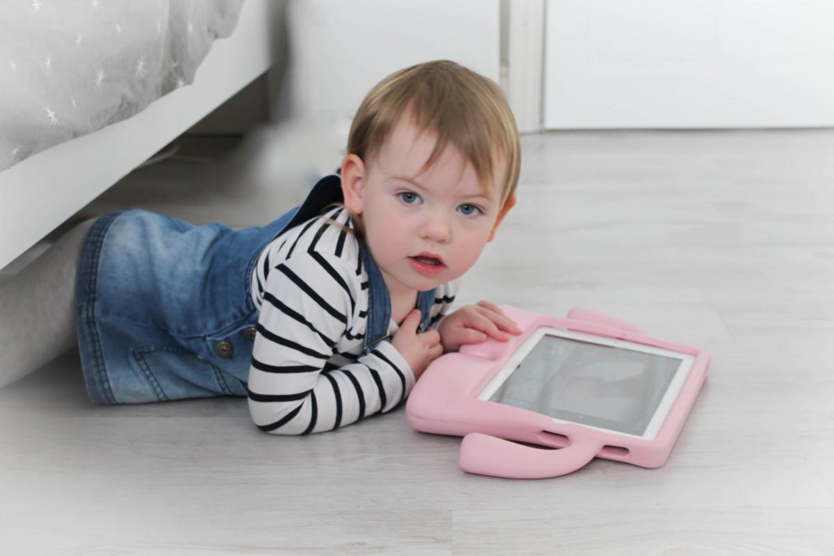 Mini Style - Denim Pinafore - Roseyhome - style, fashion, toddler style, next, mini style