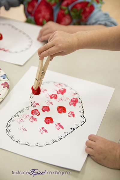Easy valentines day craft ideas for toddlers roseyhome for Valentines day art and crafts for preschoolers