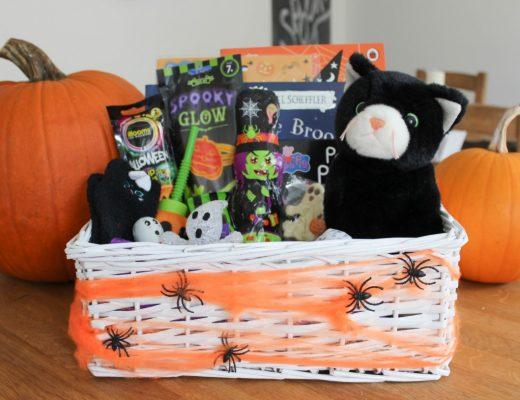 Halloween Treat Basket Ideas - Roseyhome - Halloween, treats, basket, ideas, halloween gifts, gifts, Autumn