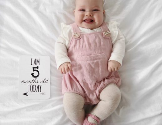 Maeve's 5 month Baby update - Roseyhome - baby update, postpartum update, baby, newborn, 5 month update, five month update
